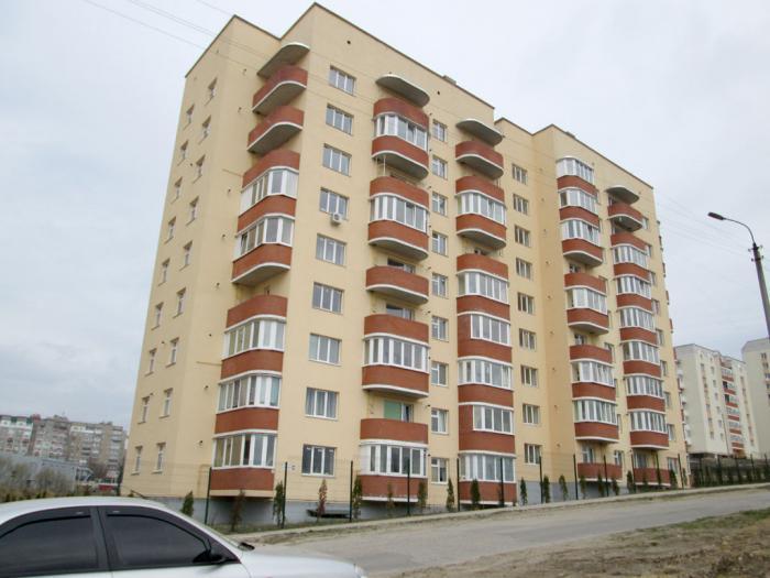 90-квартирный 9-ти этажный жилой дом по ул.Панаса Мирного, 18 в г. Хмельницком (сдан в 2012 г.). Проектирование и строительство.
