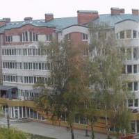 30-квартириний жилой дом со встроено-пристроенными магазинами по ул.Заречанская, 5/2в г. Хмельницком. (Сдан в 2008 г.)
