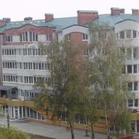 30-квартириний житловий будинок з вбудовано-прибудованими магазинами по вул. Зарічанській, 5/2в м. Хмельницькому.